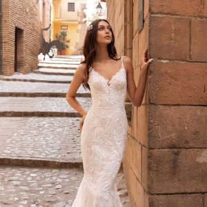 PRONOVIAS-2020-COLELCTION-IRELAND