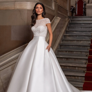 PRONOVIAS-2021-COLLECTION-IRELAND